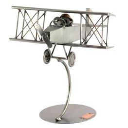 Dubbeldekker vliegtuig met piloot