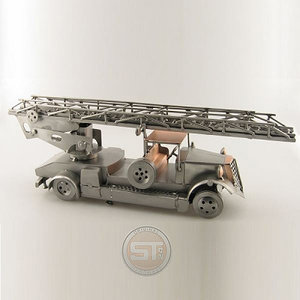 Brandweerauto ladderwagen beeldje
