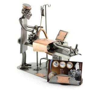 Anesthesist beeldje met visitekaarthouder